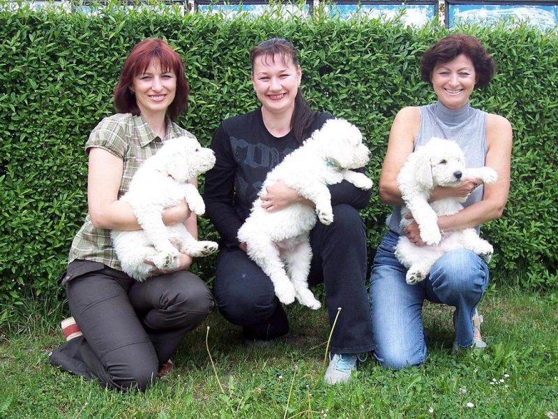 s Karin Mikolášovou a Irenou Hrachovcovou
