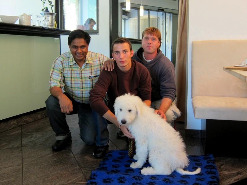 Felicita s Láďou, Ivanem a Melem v Berlíně před odletem do Thajska